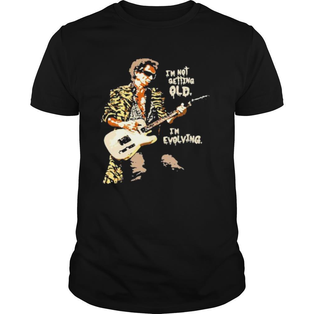 I'm Not Getting Old I'm Evolving Guitar shirt Classic Men's