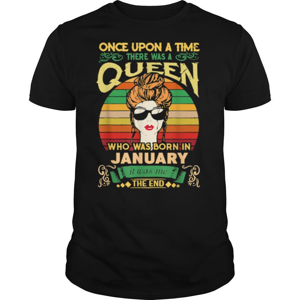 Birthday Queens are Born on January CapricornAquarius shirt Classic Men's