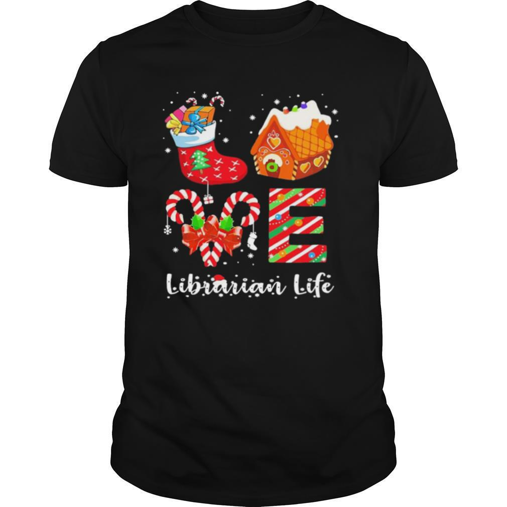 Love Socks House Librarian Life Merry Christmas shirt Classic Men's