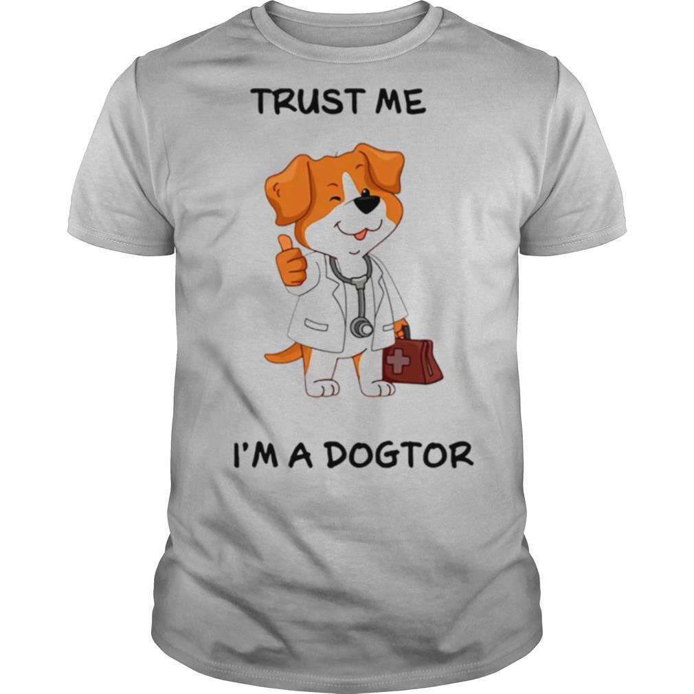 trust Me Im a doctor shirt Classic Men's