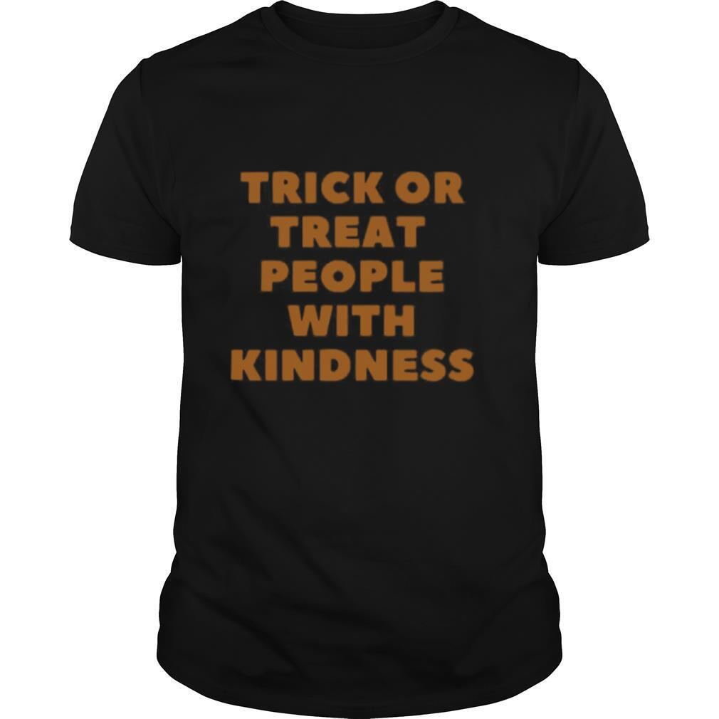 Trick Or Treat People With Kindness Halloween shirt Classic Men's