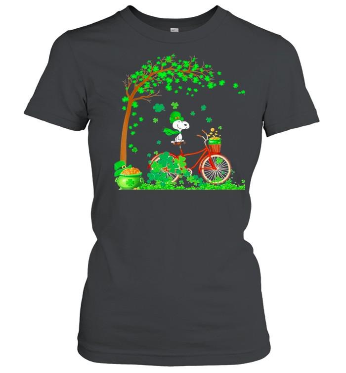 Bicycle Snoopy Patrick Tree Happy Patricks Day 2021 shirt Classic Women's T-shirt