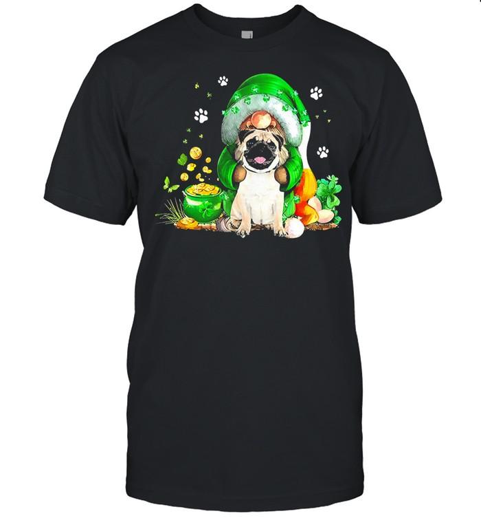 The Gnome hug Pug st patricks day shirt Classic Men's T-shirt
