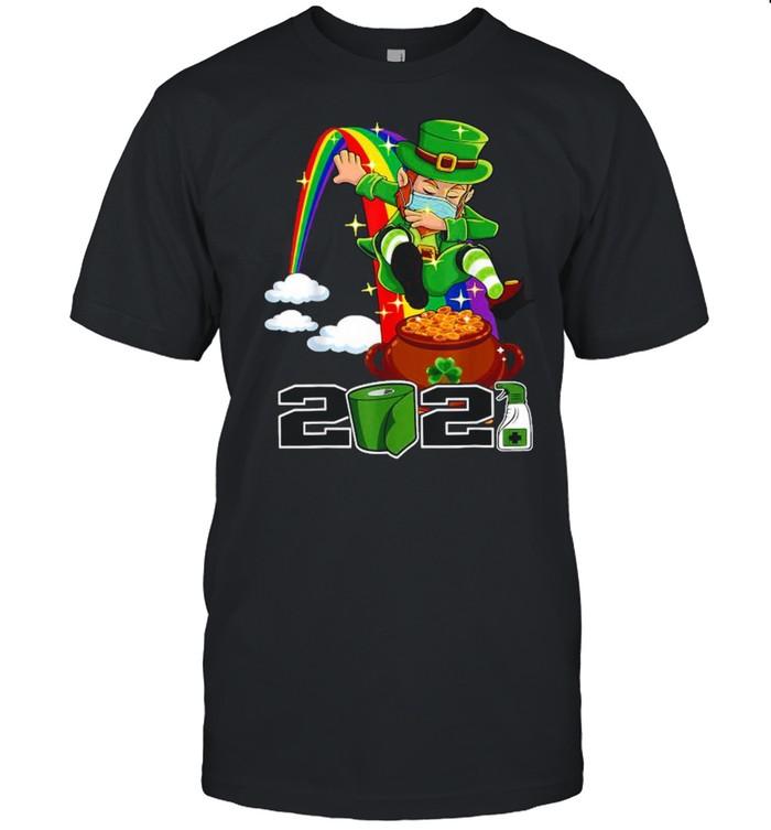 St Patrick's Day Leprechaun Face Mask 2021 shirt Classic Men's T-shirt