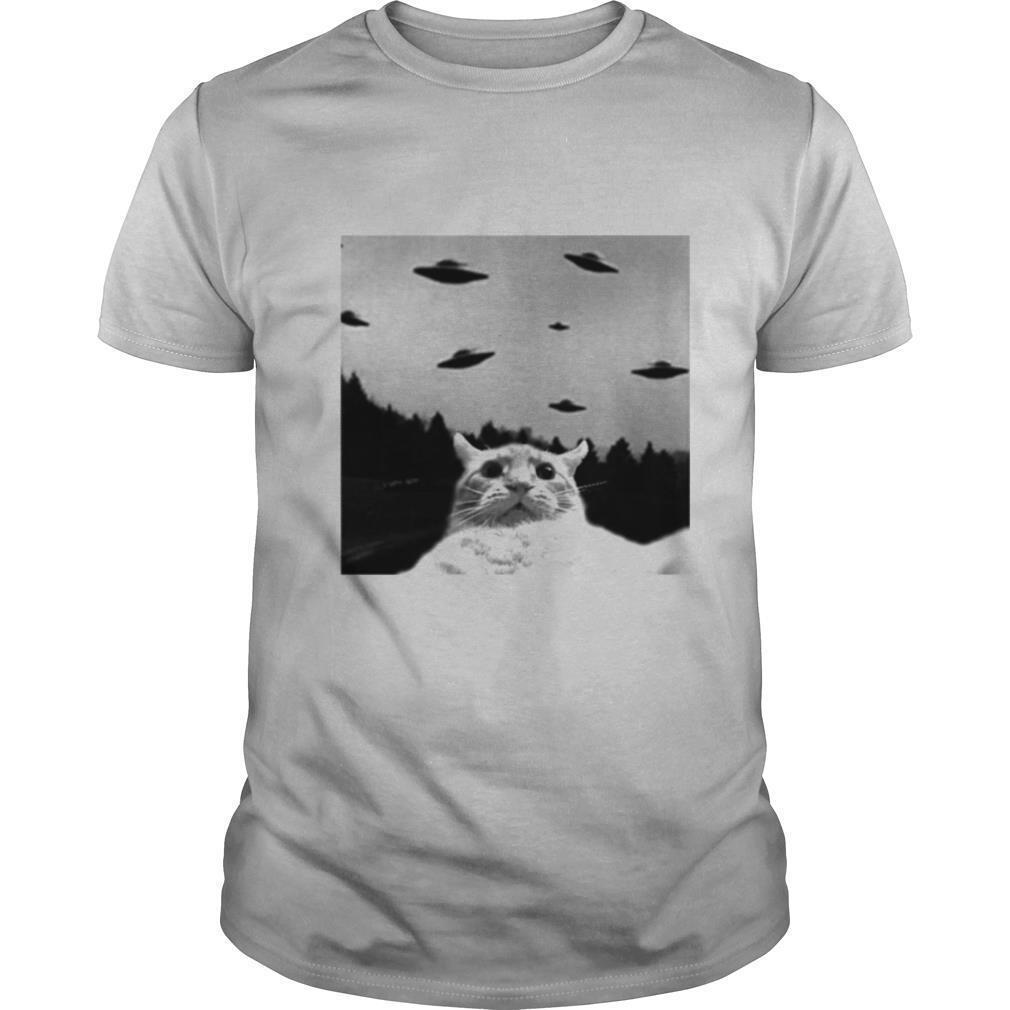 Pretty Cat Selfie Ufos shirt Classic Men's