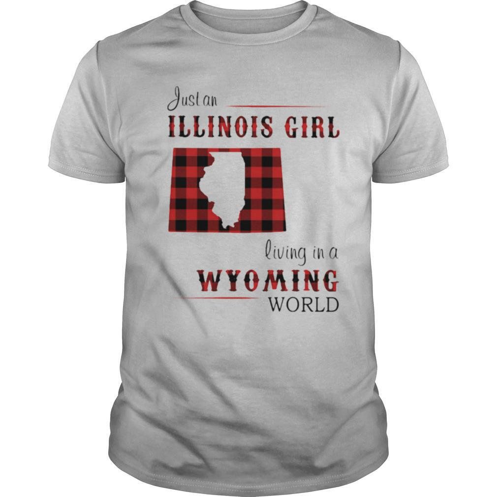 Just an ILLINOIS GIRL living in a WYOMING world Map shirt Classic Men's
