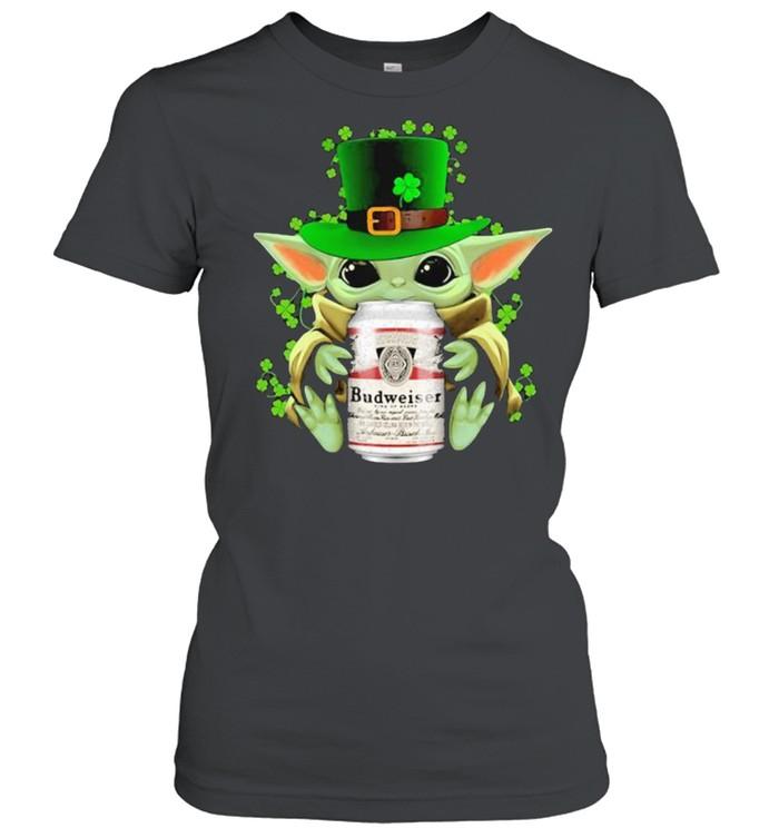 Baby Yoda Hug Budweiser Irish Patricks Day Classic Women's T-shirt