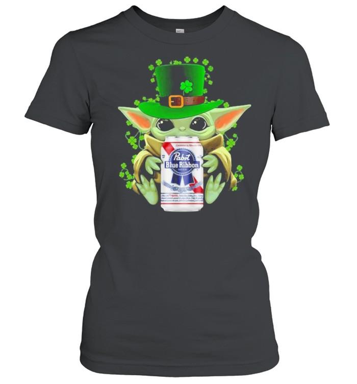 Baby Yoda Hug Pabst Blue Ribbon Irish Patricks Day Classic Women's T-shirt