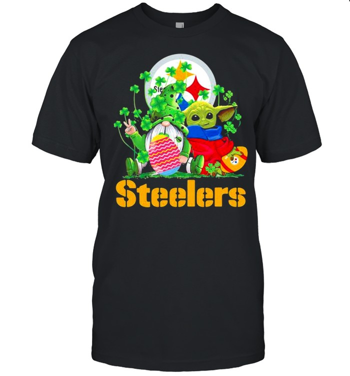 Steelers Football Baby Yoda Vs Gnome Happy Easters And St Patricks Day  Classic Men's T-shirt