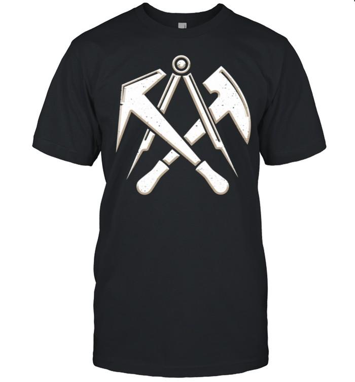 Dachdecker Handwerk Zunftzeichen mit Werkzeug used3DLook  Classic Men's T-shirt