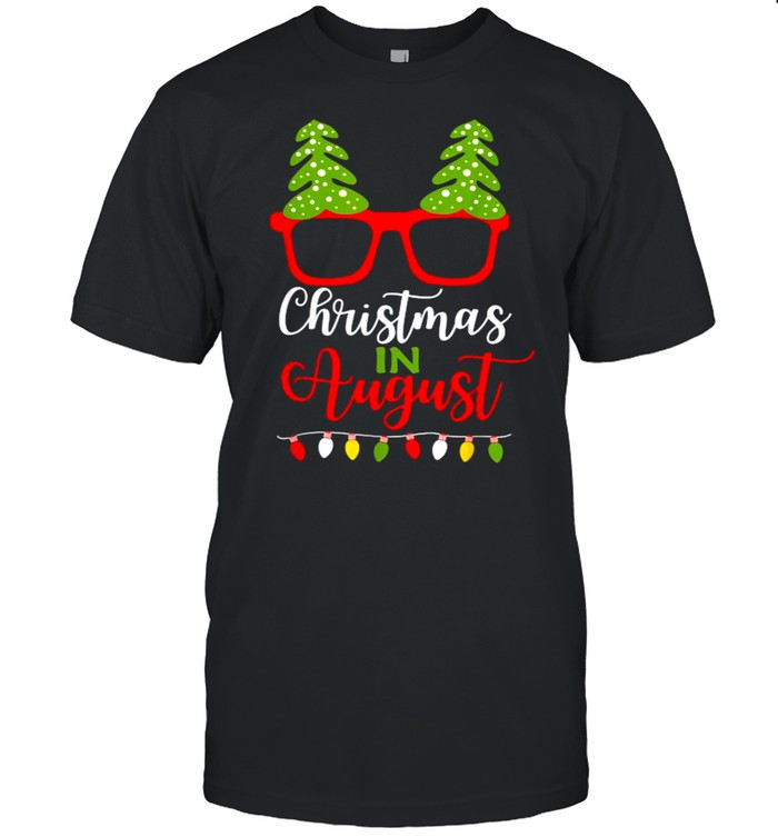 Christmas In August Santa In Summer Vacation  Classic Men's T-shirt