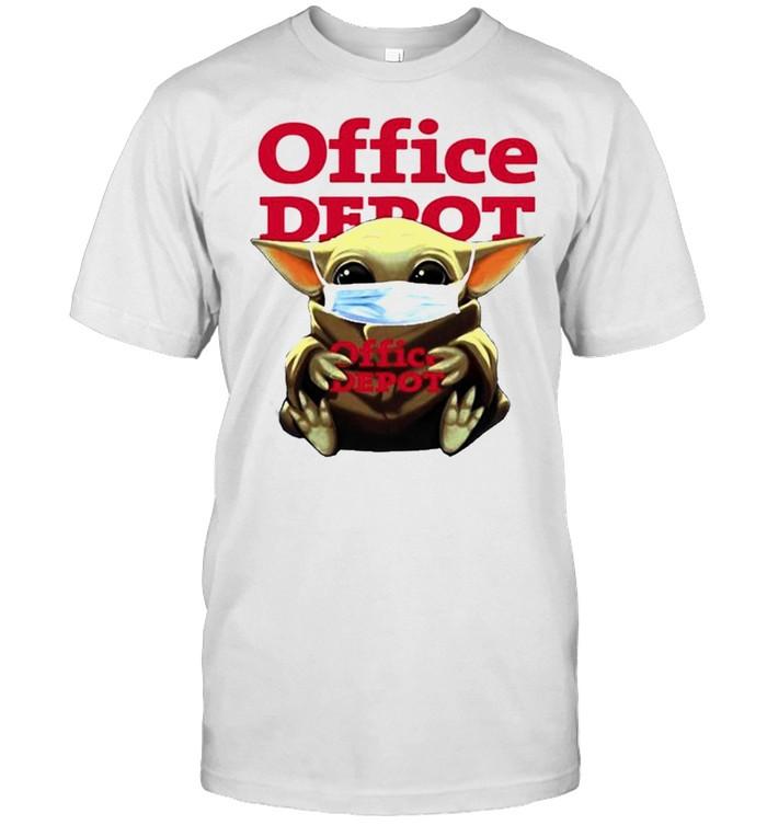 Yoda face mask hug Office Depot shirt Classic Men's T-shirt