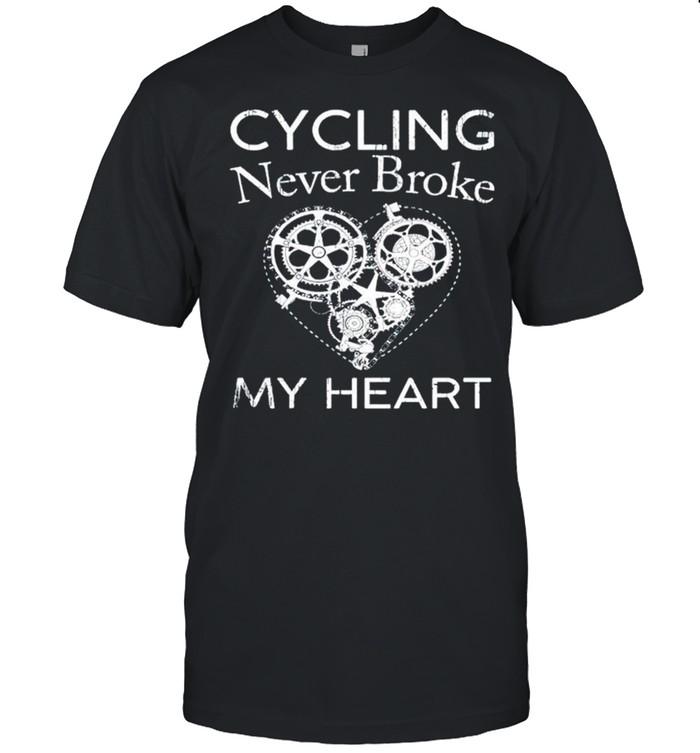 Cycling never broke my heart shirt Classic Men's T-shirt