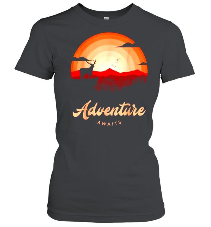Adventure Awaits Vintage Sunset Mountain Deer Forest T- Classic Women's T-shirt
