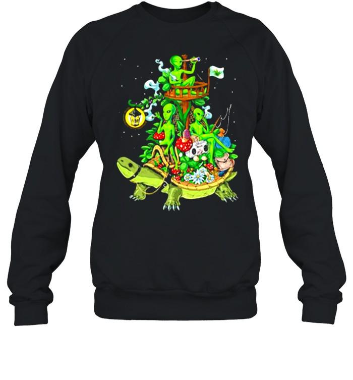 Alien Riding Turtle smoking shirt Unisex Sweatshirt
