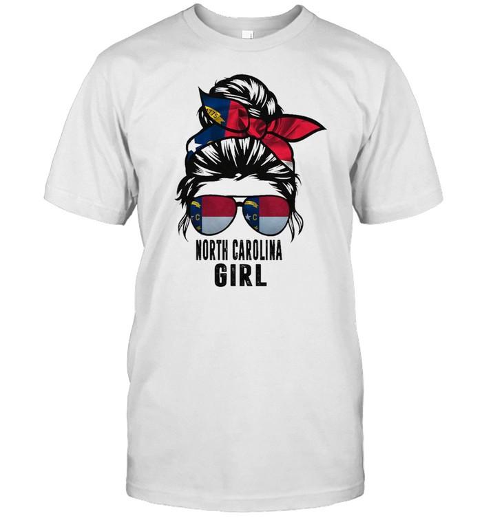 Messy Bun Life Hair Glasses NORTH CAROLINA Girl shirt Classic Men's T-shirt