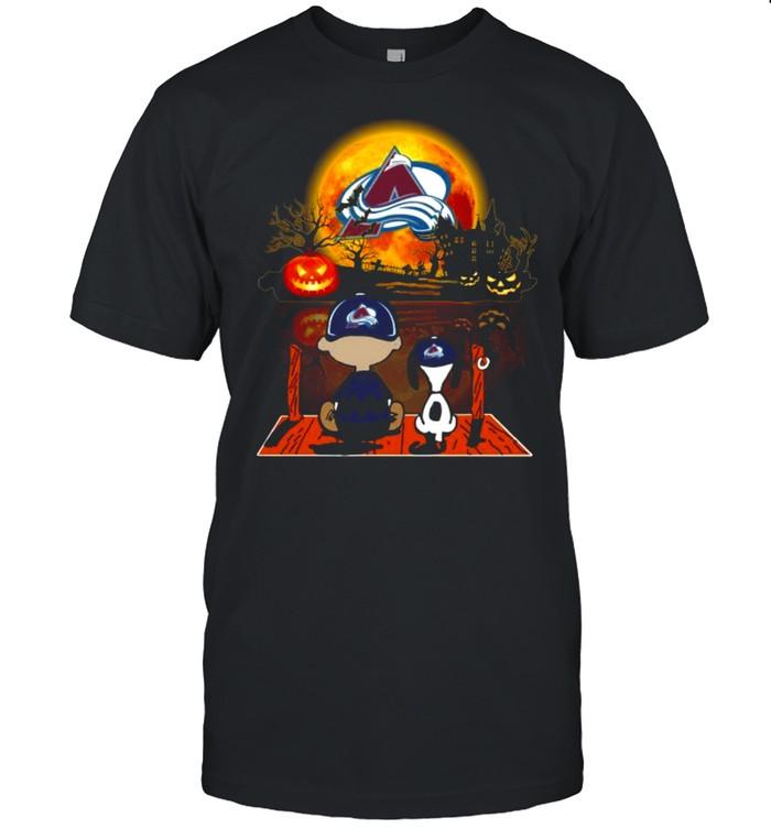 Snoopy and Charlie Brown Pumpkin Colorado Avalanche Halloween Moon shirt Classic Men's T-shirt
